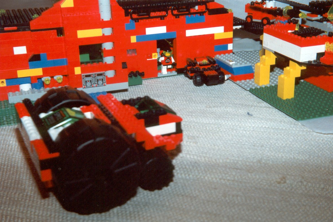 View image: Service Station LX-542, take 5